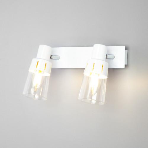 Настенный светильник с выключателем 20081/2 белый