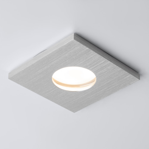 Влагозащищенный точечный светильник 126 MR16 серебро